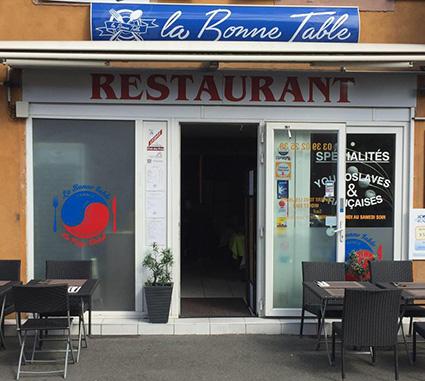 """Dîner lecture, au restaurant """"La Bonne Table"""" à Belfort, le  8 septembre 2015"""